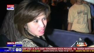 Diduga Mabuk, Wanita Ini Tabrak Warung dengan Mobilnya