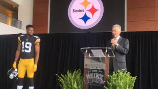 JuJu Smith-Schuster models Steelers throwback jersey