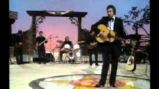 Johnny Cash in German Tv 1983.flv