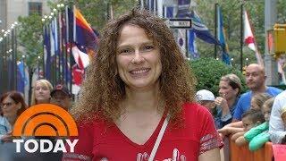 Ambush Makeover: Goodbye Curls, Hello Glamour   TODAY