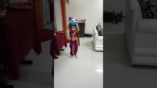 drama queen -4 year old kids acting skills