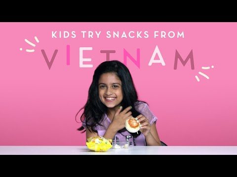 Kids Try Snacks from Vietnam Kids Try HiHo Kids