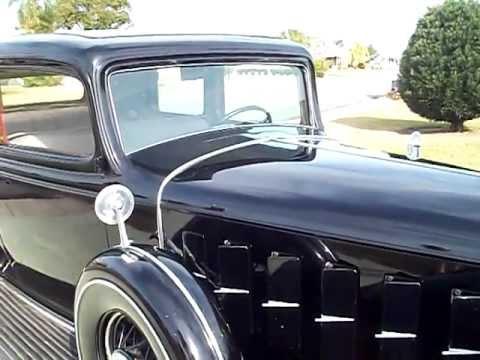 1932 V 12 Cadillac