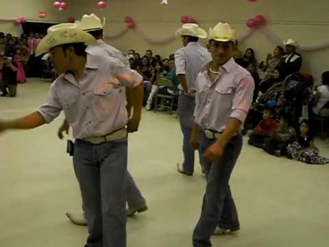 Baile Sorpresa Duranguense En el AUTOBUS 12 13 08 EL VERDADERO No el Chafa jajjajajaja