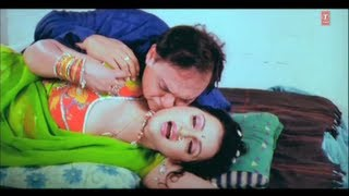 Naughty Scene from Bhojpuri Movie [ Hamaar Saiya Hindustani ] Part-1