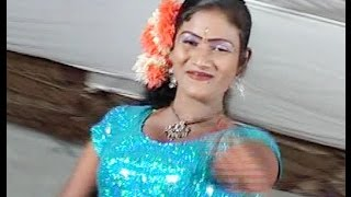 Tamil Record Dance 2016 / Latest tamilnadu village aadal padal dance / Indian Record Dance 2016  158