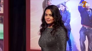 Preity Zinta Hot Figure Exposed In Skin-Tight Dress