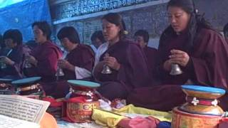 Bhutan - Buddhist prayer time in Bumthang