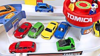 Aprende Los Colores Video Para Niños Hot Wheels Carros y Camiones Tomica Autos Juguetes Español