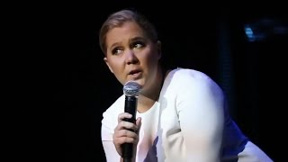 Amy Schumer Shuts Down Rude Audience Member In Most EPIC Way