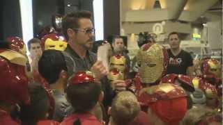 Robert Downey, Jr. Surprises Iron Man Fans At Comic-Con
