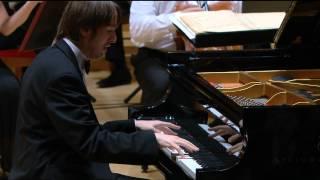Daniil Trifonov: Tchaikovsky - Piano Concerto No 1 - SACD Promo
