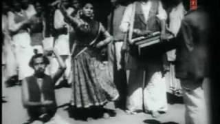TEDHI TEDHI HAMSE PHIRE SAARI DUNIYA -MANNA DEY -SHAMSHAD -SHAILENDRA-SALIL(MUSAFIR 1957)