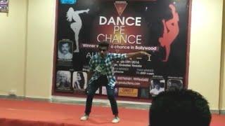 Dafli wale Dafli Baja and aati kya khandala dance