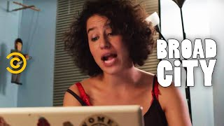 Hack Into Broad City - What