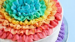 Honeycomb ice cream cake - Rainbow Ruffle tutorial