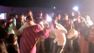 মোটা বউদির  কোমর দোলানো নাচ