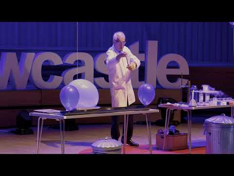 25 Chemistry Experiments in 15 Minutes Andrew Szydlo TEDxNewcastle