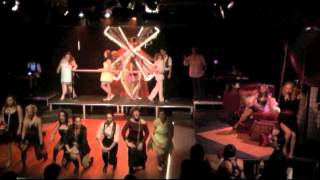 Moulin Red/Les Trébuchés par Mélissa Cardona