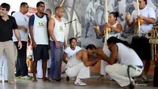 Capoeira | Centro Cultural de Capoeira Raízes do Brasil