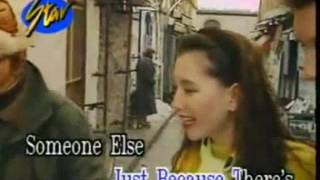Torn Between Two Lovers - Video Karaoke (Star)