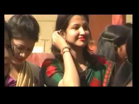 Most Cute & Beautiful Indian girls enjoying in Saraswati Puja