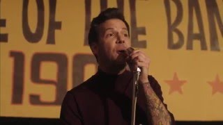 Simple Plan - Singing In The Rain (Official Video)