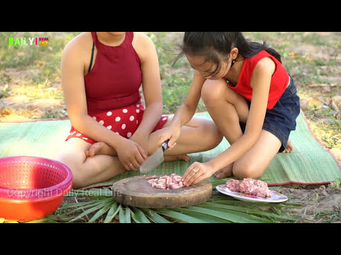 Beautiful Girls Cooking Snake Recipe - How to Cook Village Snake With Eggs Recipe Enjoy Village food