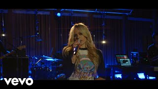 "Avril Lavigne - ""Girlfriend"" (Live from Honda Stage at Henson Recording Studios)"