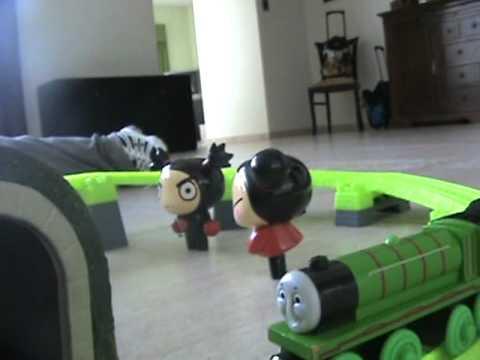 Lucas y Thomas el tren.MPG