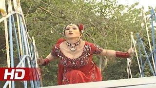 SHAZIA BHATTI MUJRA - JI AAYAN NU - PAKISTANI MUJRA DANCE