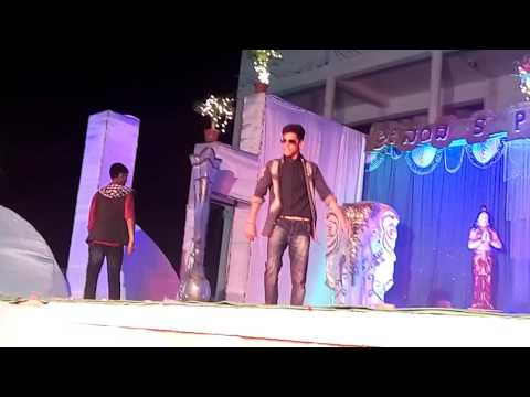 Finishing dance by pavan and group