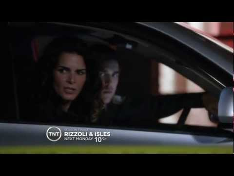 Rizzoli & Isles Episode 215 Season Finale Burning Down the House Preview.