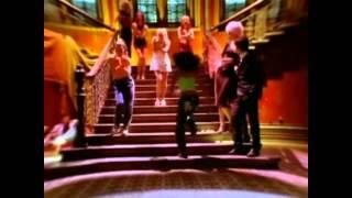 Back Street Boys vs Spice Girls