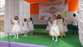 Class 3 students performing on CHANDA CHAMKE CHAM CHAM