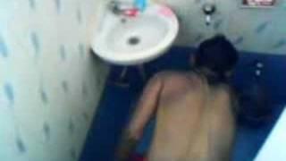taking bath in india 01