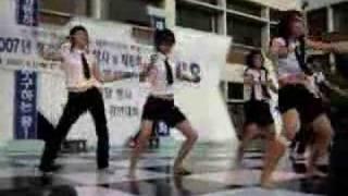 Korean Hot high school girl's sexy dance!