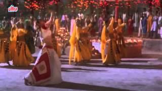 Yeh Chand Koi Deewana Hai, Mamta Kulkarni, Chhupa Rustam Dance Song