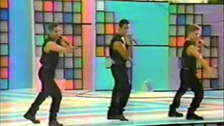 SKD Salsa Kids Puente Aereo Sabado Sensacionl La Magia De Tus 15 Años.wmv