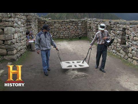 Ancient Aliens: The Tomb of Emperor Patchacutec (Season 11, Episode 4) | History