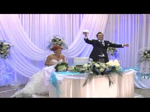 Momente gazmore nga dasma e Jonisit & Andiola