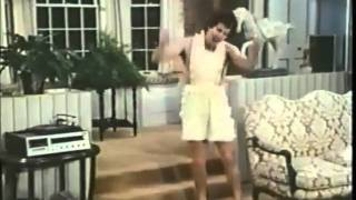 The Brady Brides E04 - Wally's Penchant for Nudity