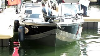 2014 Crestliner 1950 Super Hawk Fishing Boat - Walkaround - 2014 Montreal In Water Boat Show