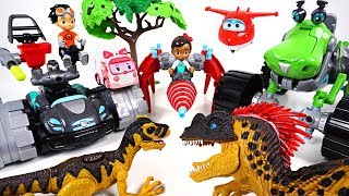 Super Wings, Robocar Poli are dangerous! Rusty Rivets tank, drill, transform dinosaur!! - DuDuPopTOY
