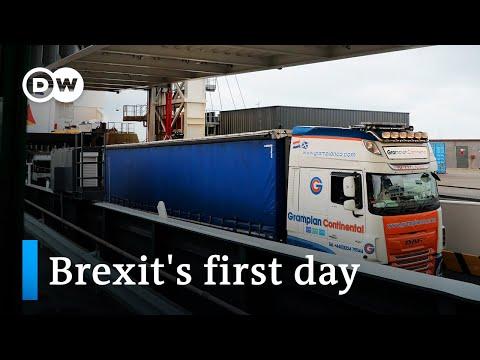 All eyes on new post Brexit EU UK customs border DW News