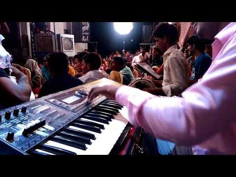 Xxx Mp4 Bata Meri Maa Kya Sing By Sanjna Kashyap And Mukesh Musical Group 🎹🎶 3gp Sex
