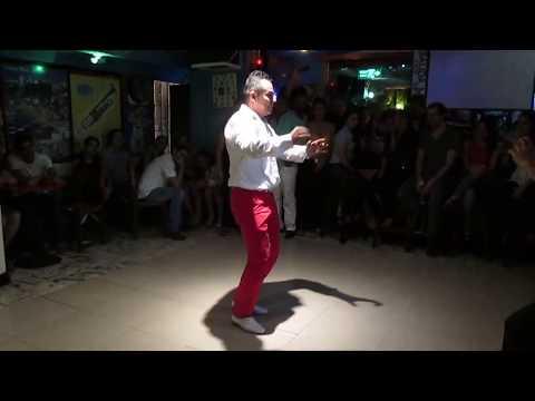 FEDERICO BOOGALOO BAILANDO EL TITERE