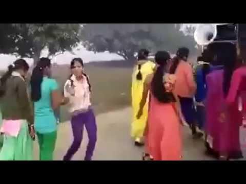 gujarati desi girl village wedding dance video