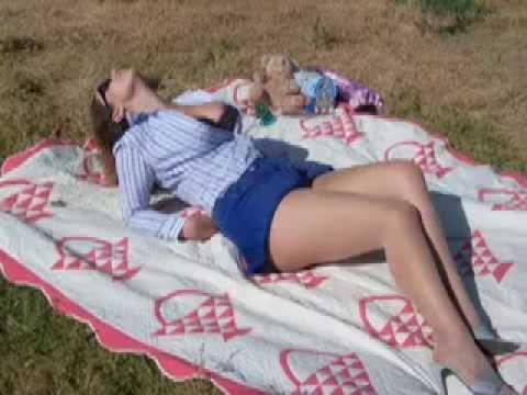 Super Amanda Behind The Bikini