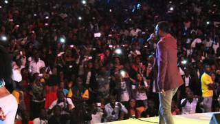Fally Ipupa CADENAS (Live Kinshasa).wmv